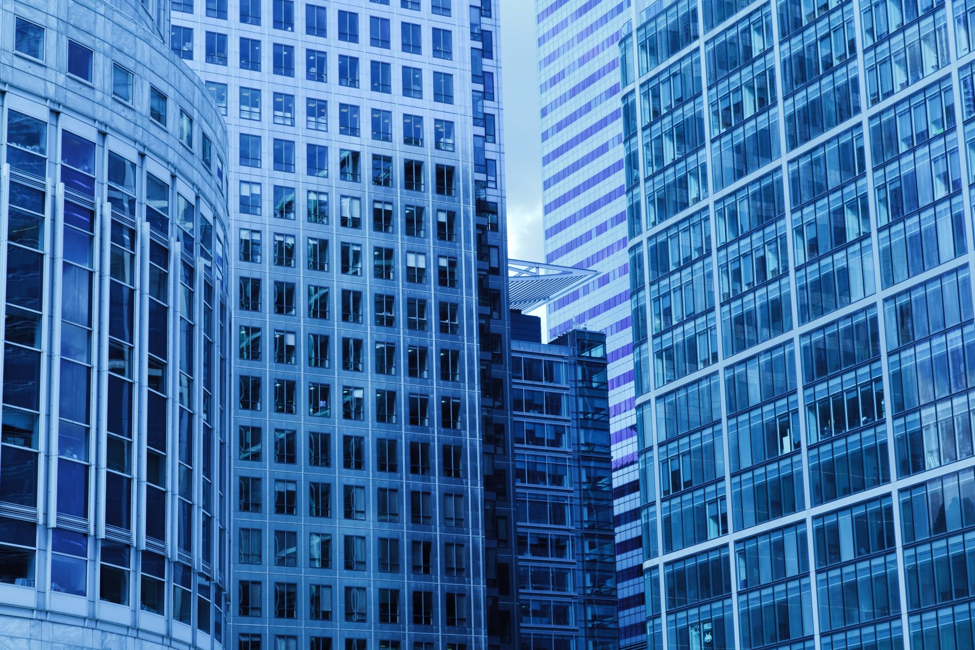 3 Reasons to Invest in Commercial Real Estate