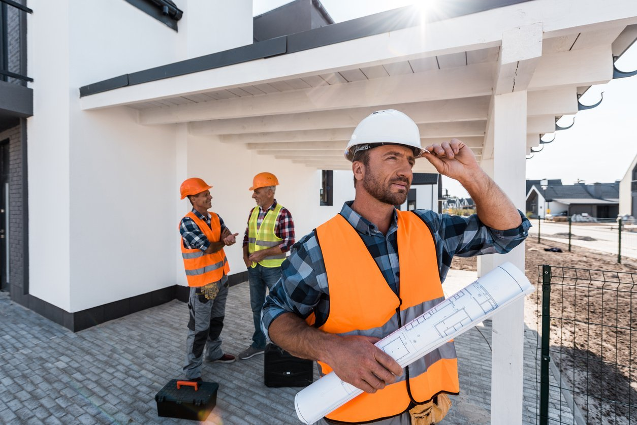 DIY or Hire a Contractor For Your Next Fix and Flip?