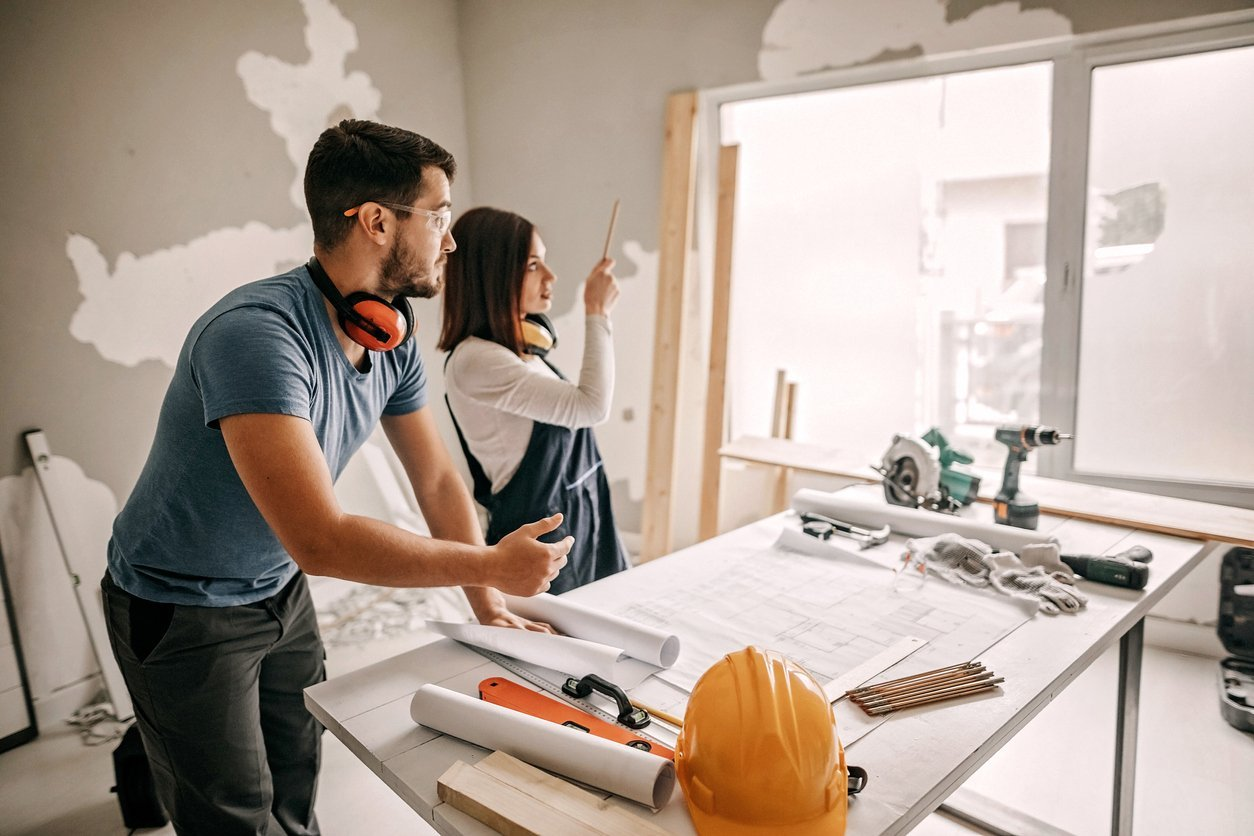 6 Tips on Buying a Foreclosed Home for a Fix and Flip